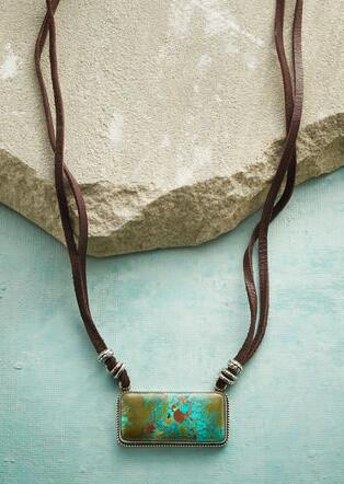 TONOPAH PENDANT NECKLACE