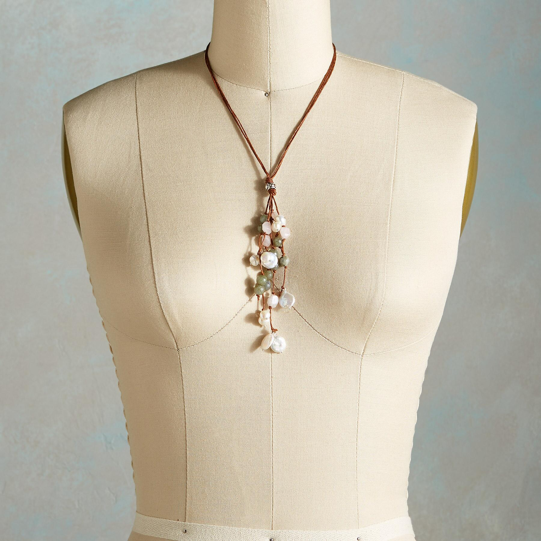 DAPPLED PEARLS NECKLACE: View 4