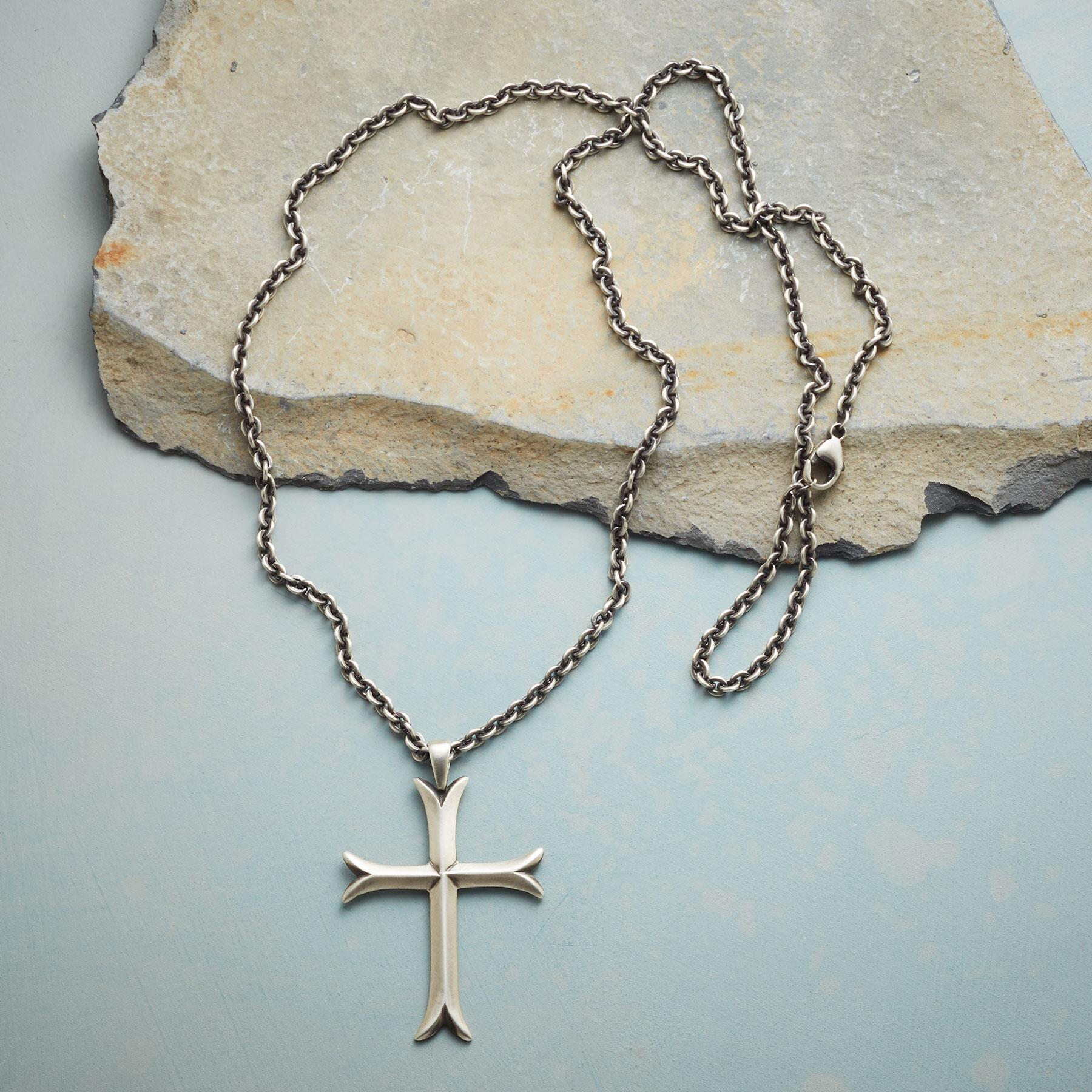 CROSS MOLINE NECKLACE: View 2