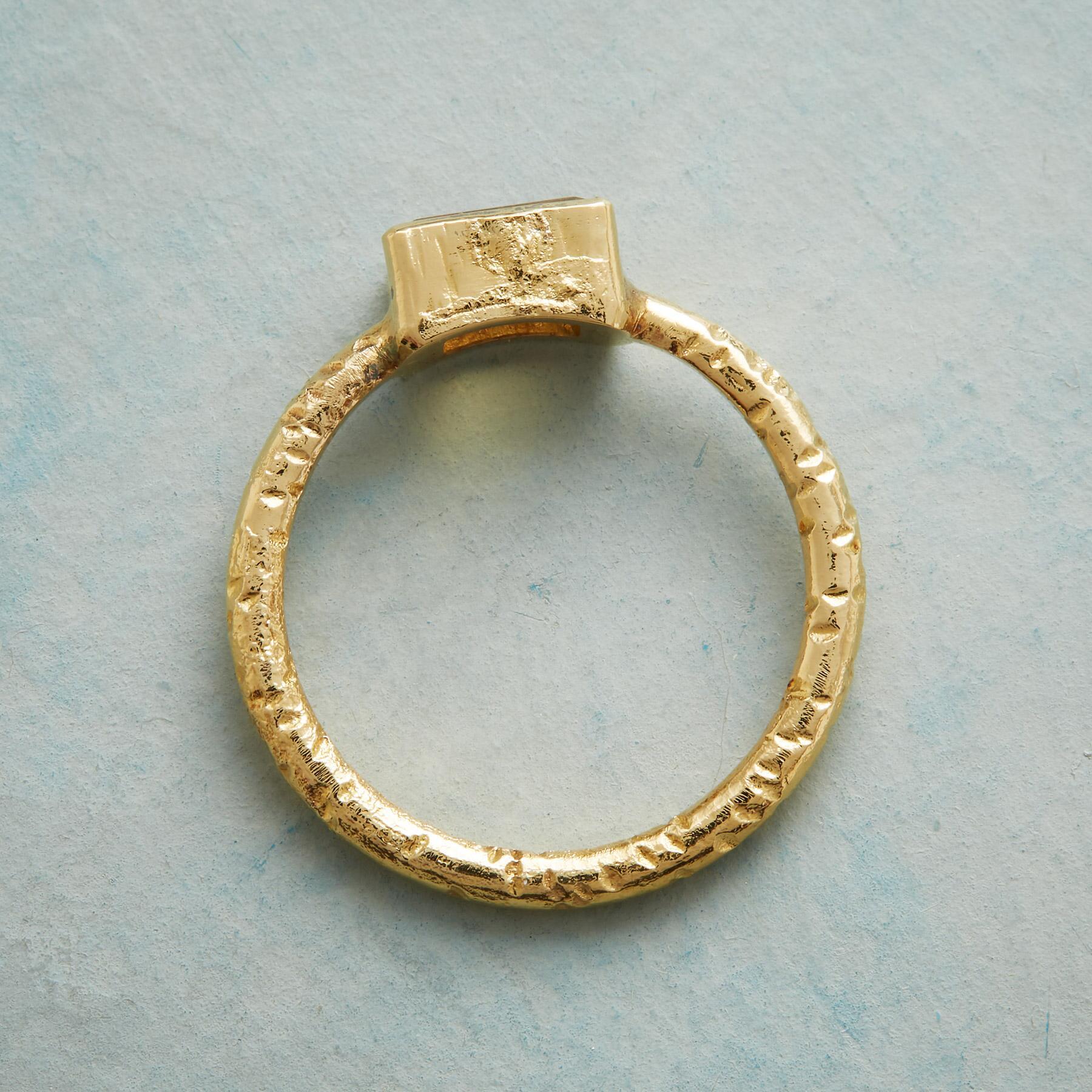 CITRINE CRINKLE RING: View 2