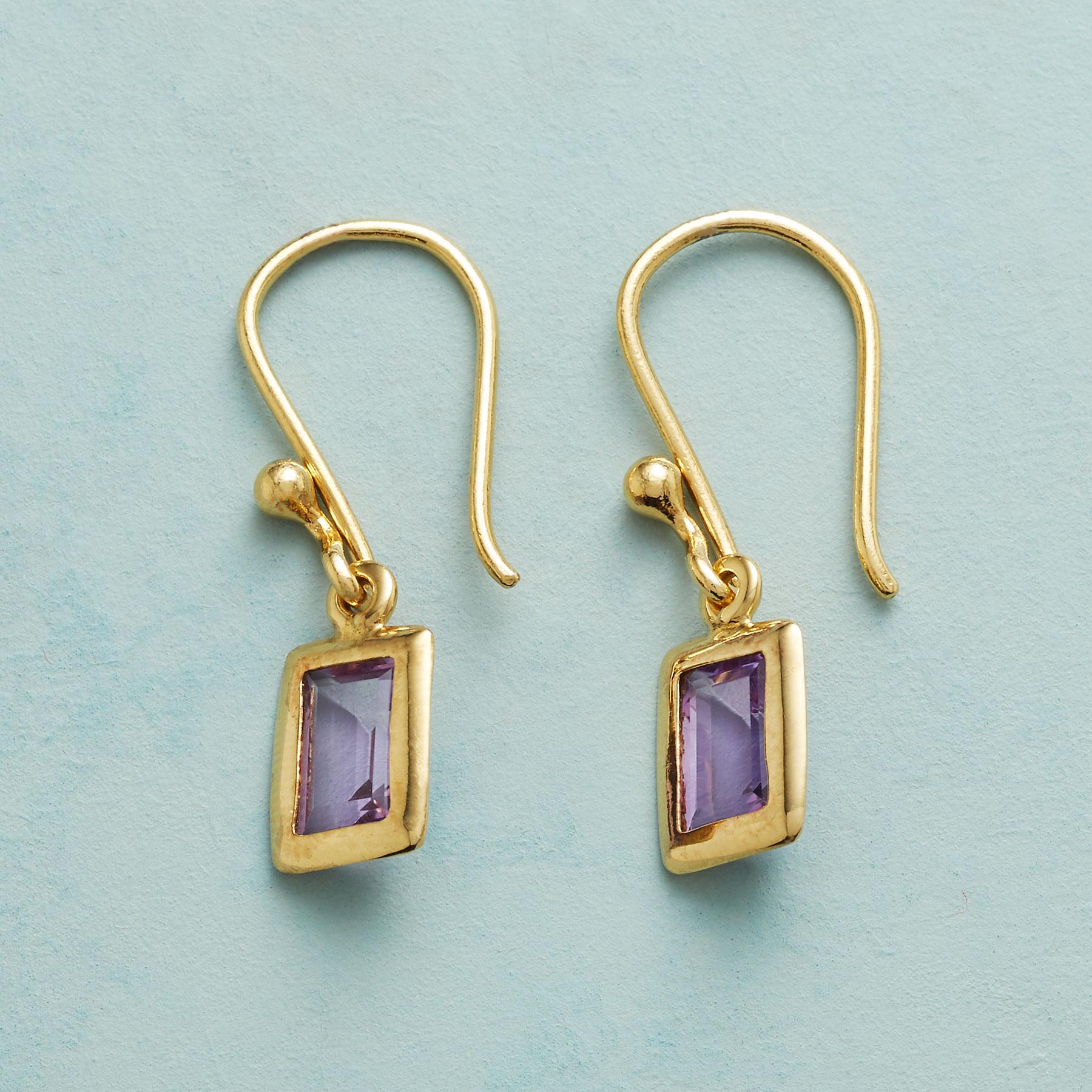 LAVENDER VISIONS EARRINGS: View 1