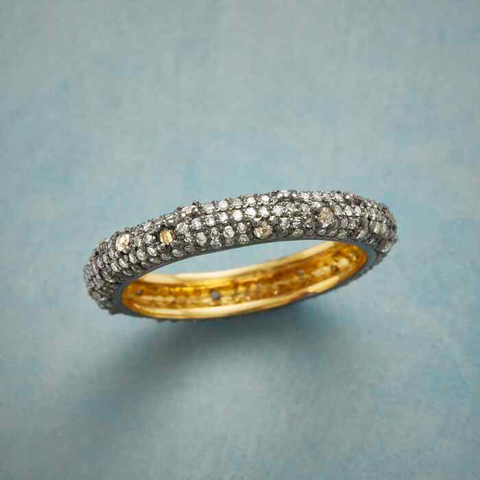 DIAMOND DAZZLER RING