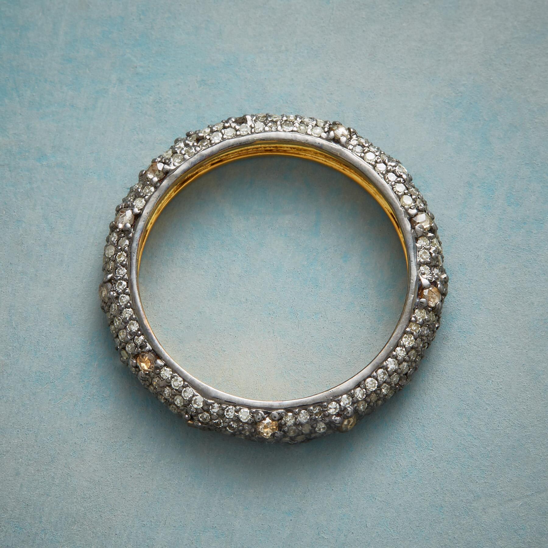 DIAMOND DAZZLER RING: View 2