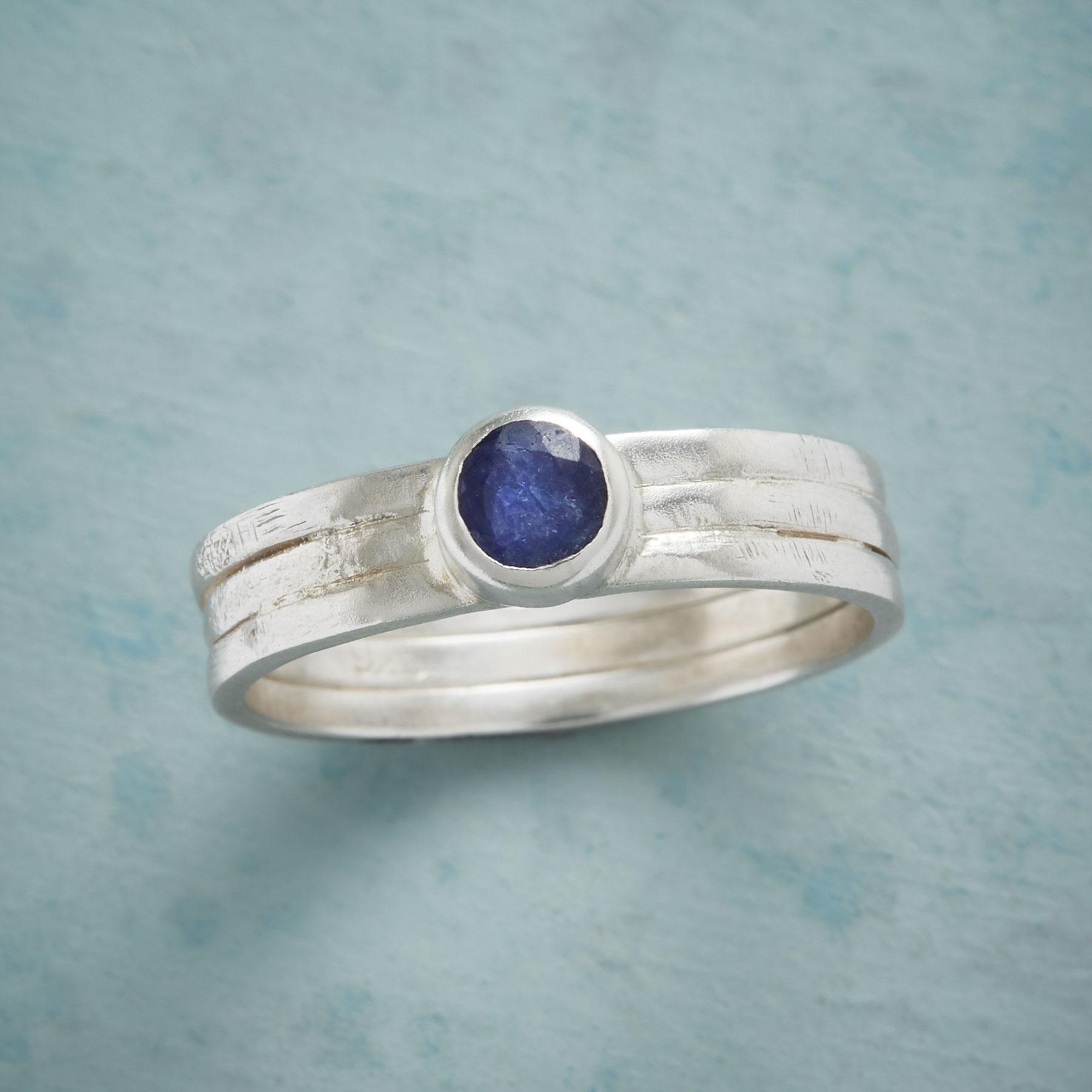 CHANNELS SAPPHIRE RING: View 1