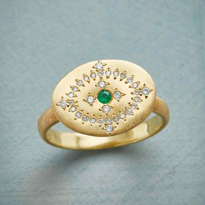 EMERALD BRILLIANCE RING