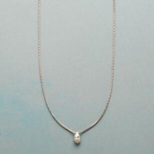 DIAMOND DROPLET NECKLACE
