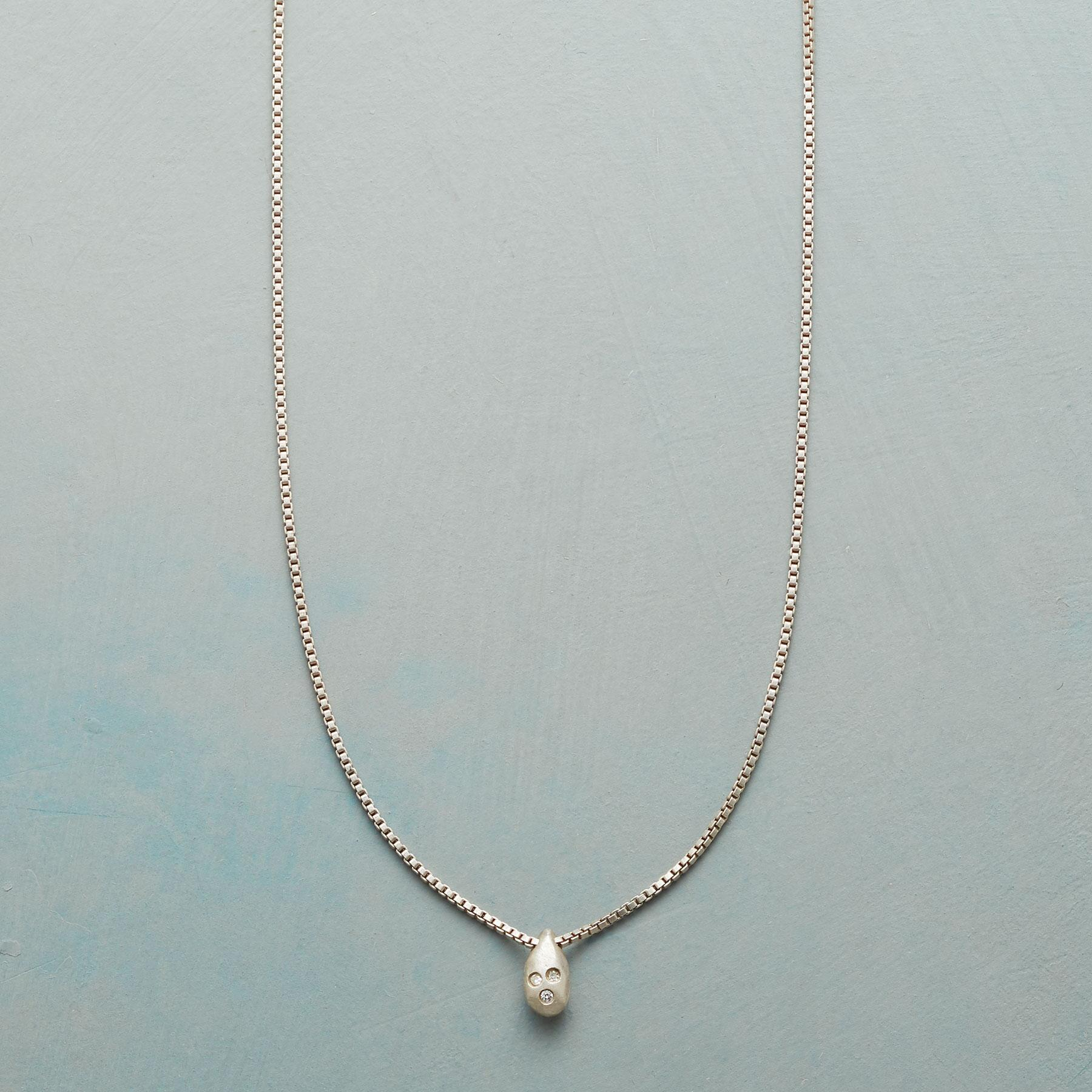 DIAMOND DROPLET NECKLACE: View 1