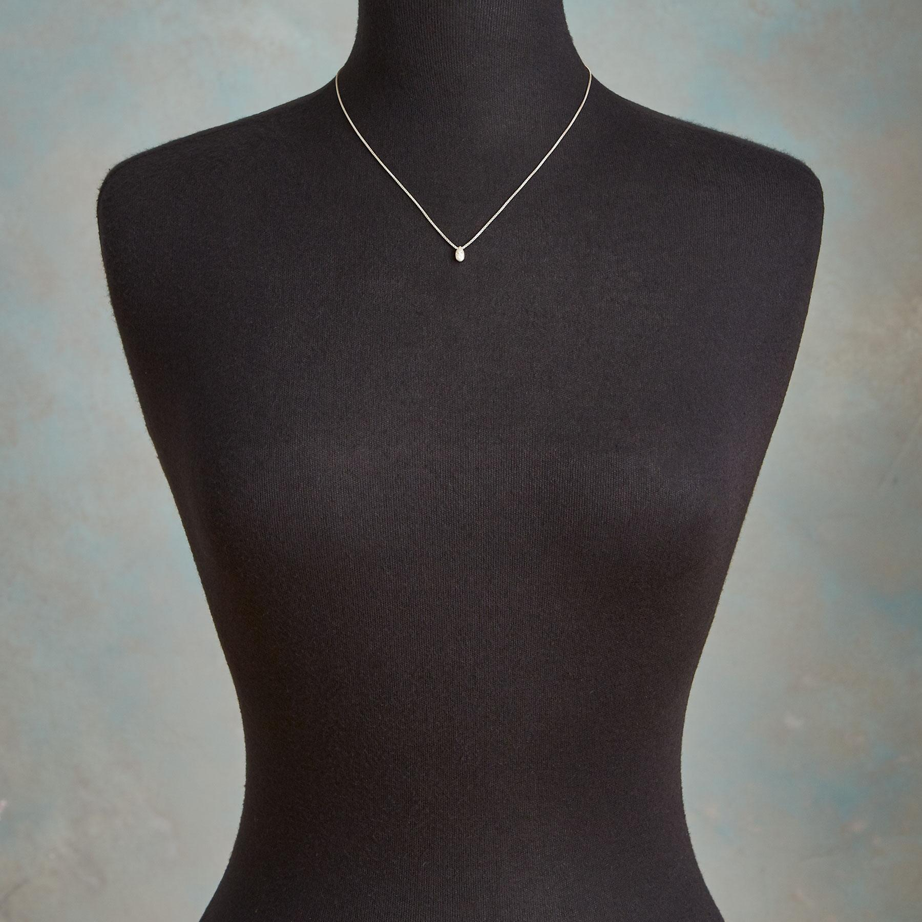 DIAMOND DROPLET NECKLACE: View 3