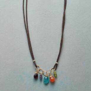 LEATHER AND LINKS NECKLACE