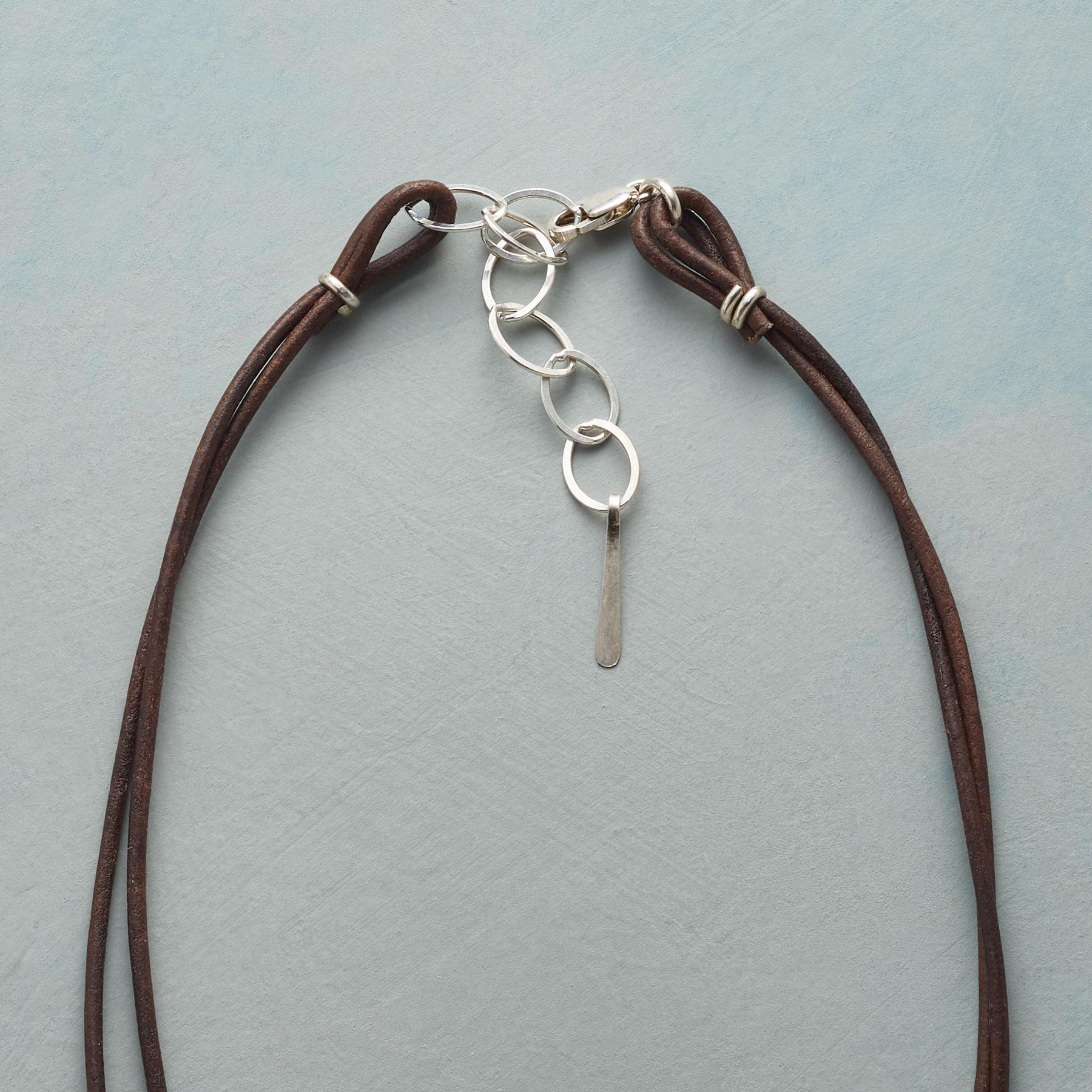 LEATHER AND LINKS NECKLACE: View 3