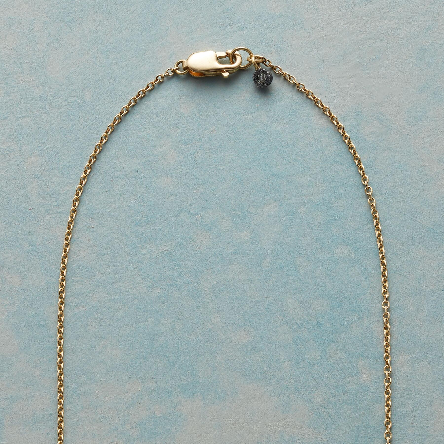 DIAMOND FISSURE NECKLACE: View 3