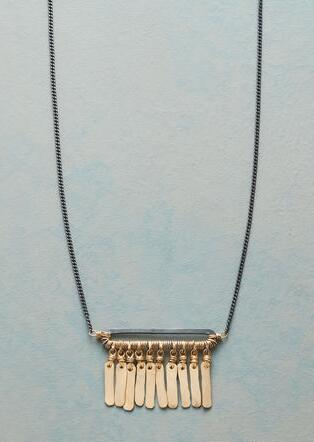 GOLDEN FRINGE NECKLACE