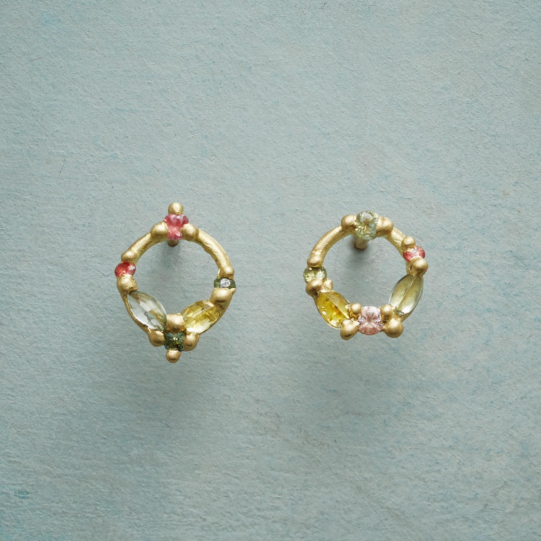 SAPPHIRE CIRCLE EARRINGS: View 1