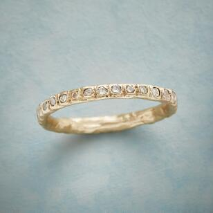 CHAMPAGNE FOREVER RING