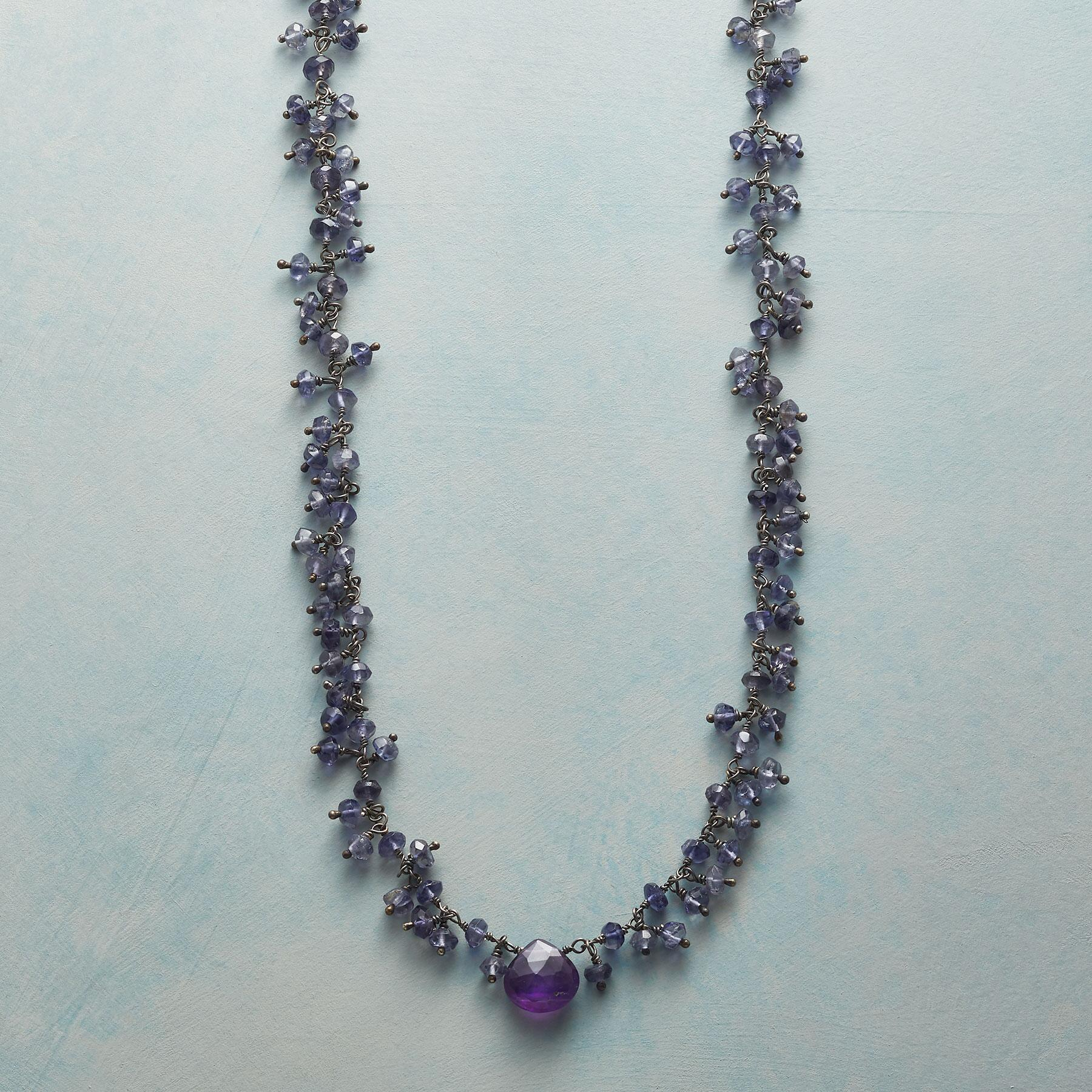 GRAPEVINE NECKLACE: View 1