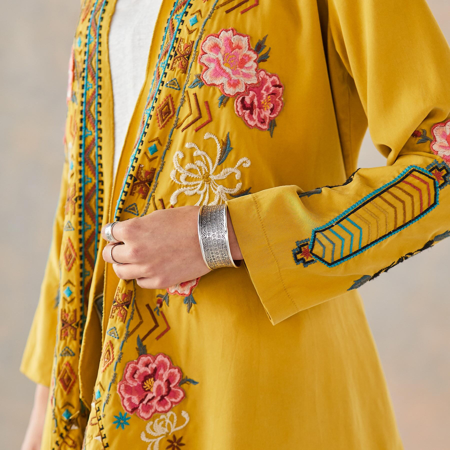 ABBY EMBROIDERED ROBE: View 6