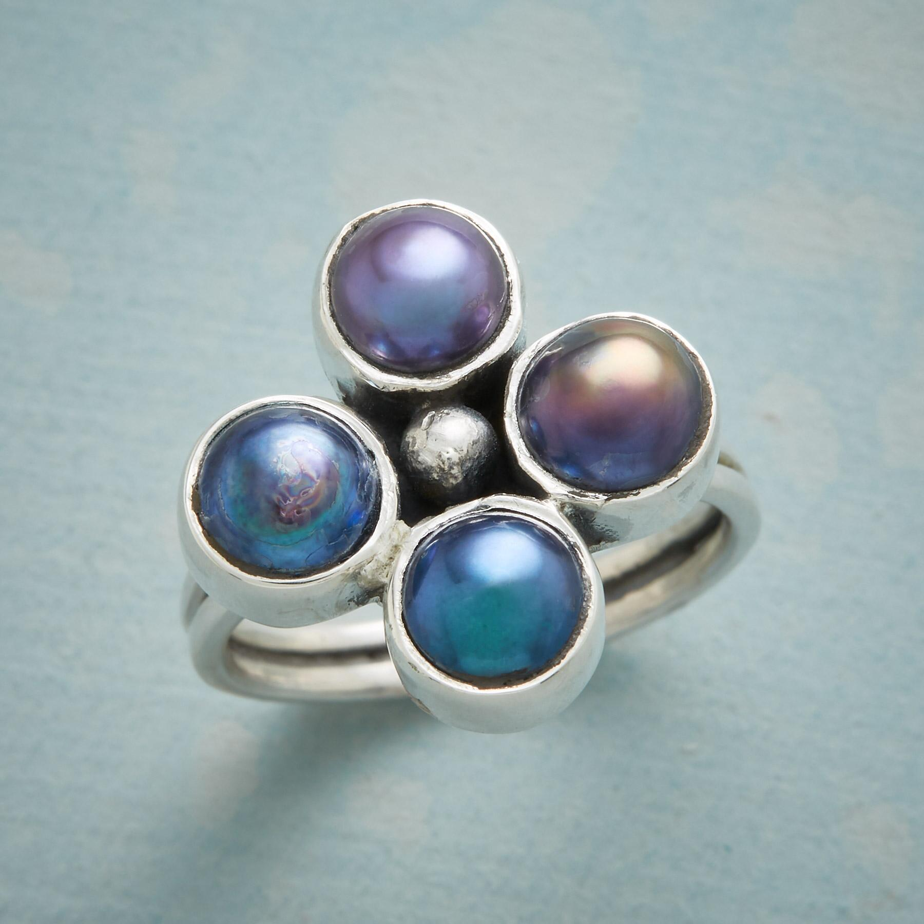 PEARL FOURSOME RING: View 1