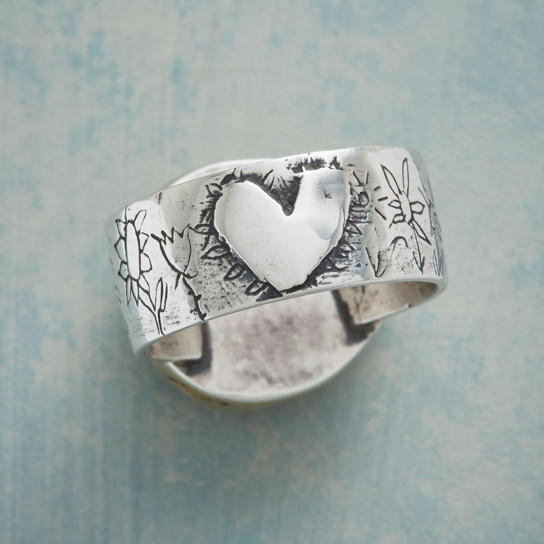 BLOSSOMING LOVE RING: View 4