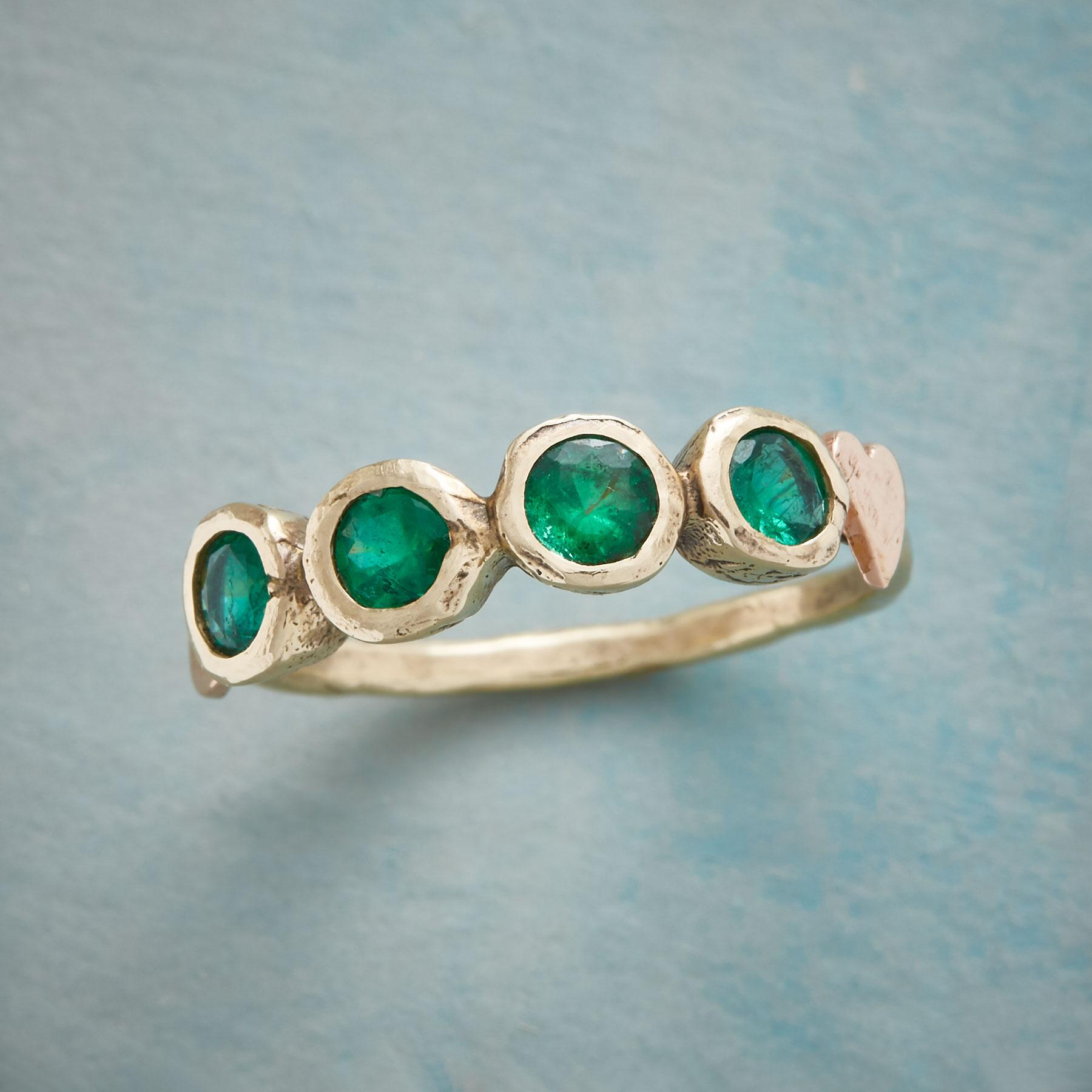 LUCKY EMERALD RING: View 1