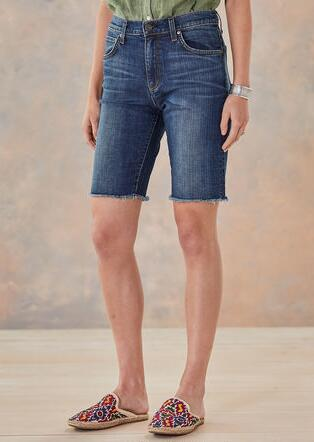 BEES KNEES SHORTS