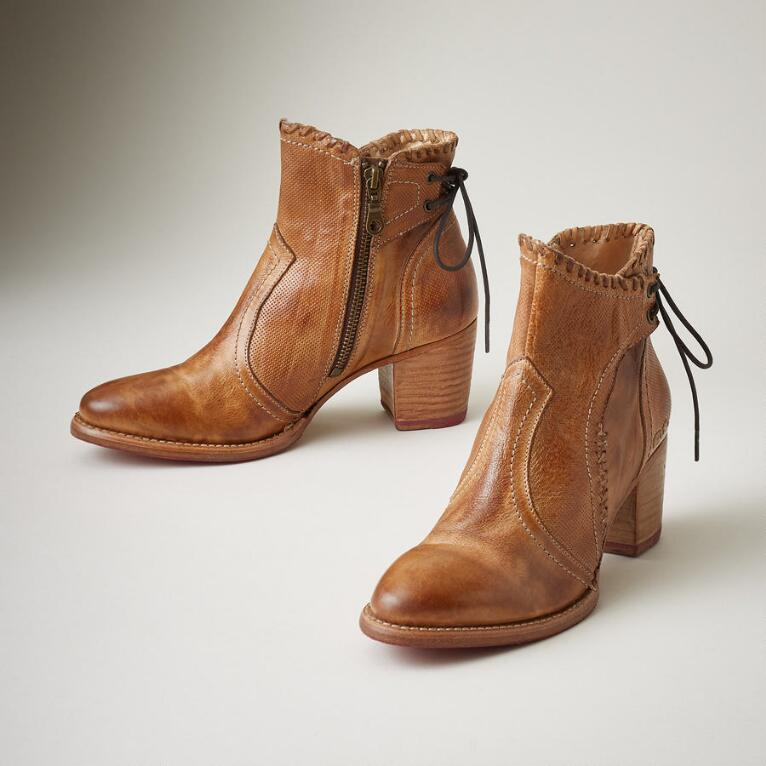 BIA BOOTS
