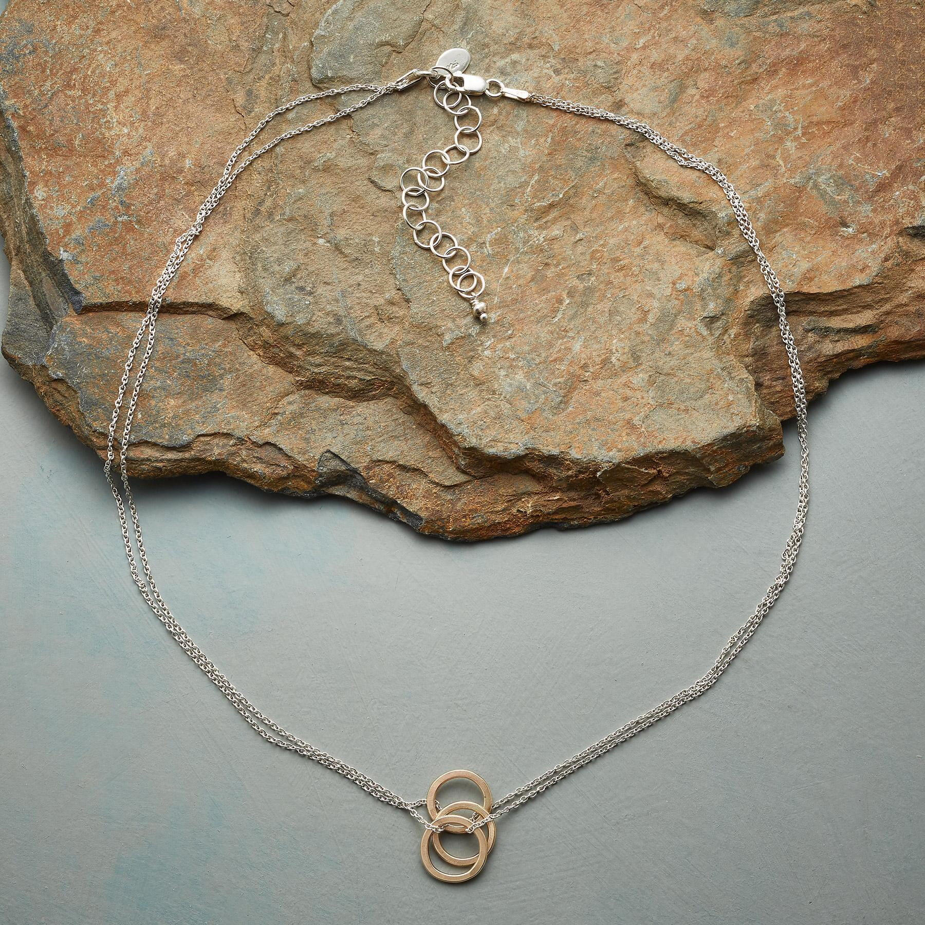 THREE RINGS NECKLACE: View 2