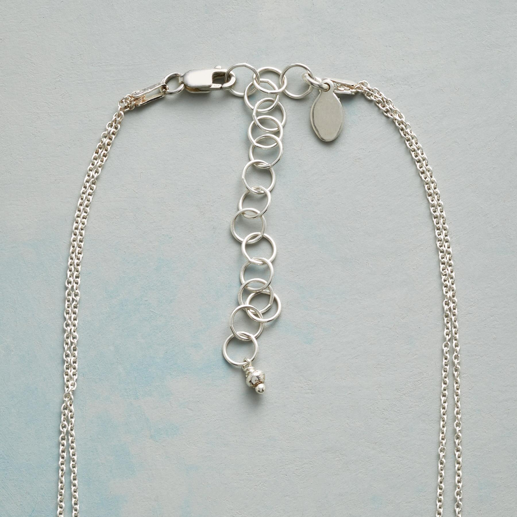 THREE RINGS NECKLACE: View 3