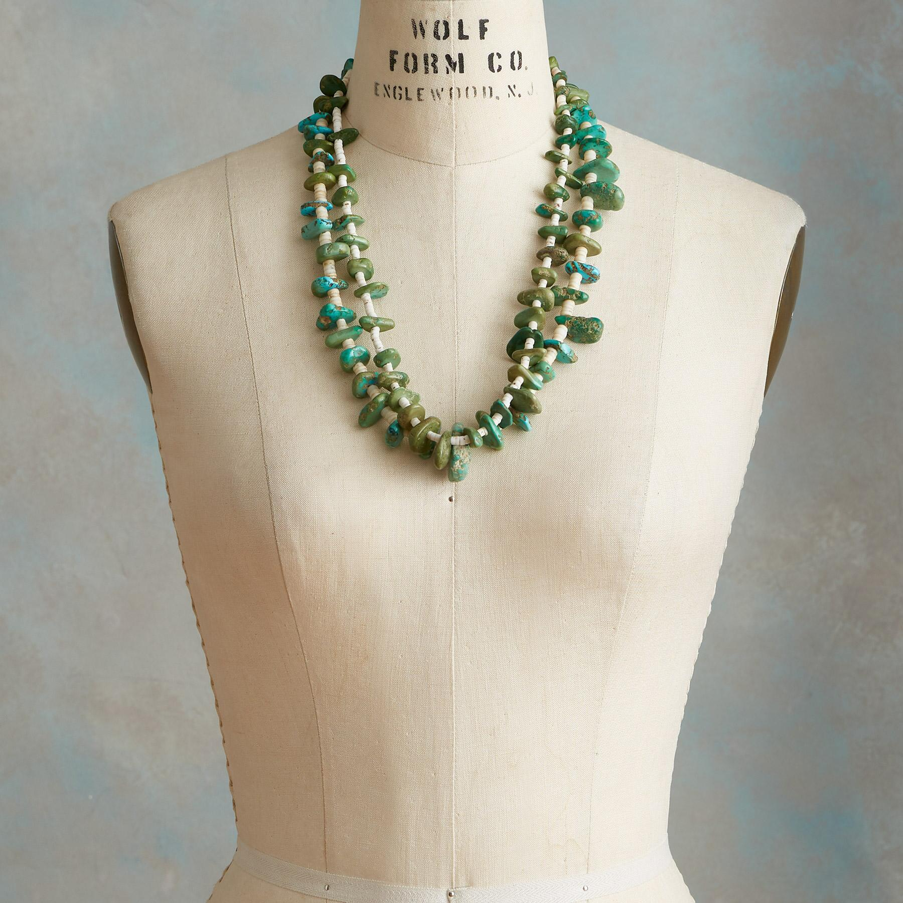 1920S SANTO DOMINGO WHITE SHELL NECKLACE: View 3