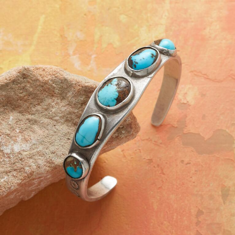 1950S BISBEE TURQUOISE CUFF
