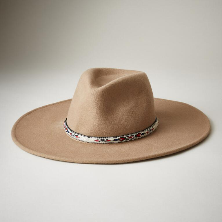 YEARLING HAT
