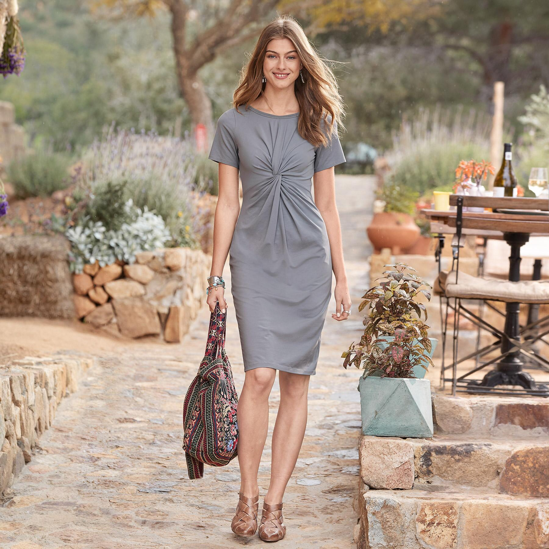 JOURNEYS JOY DRESS PETITE: View 1