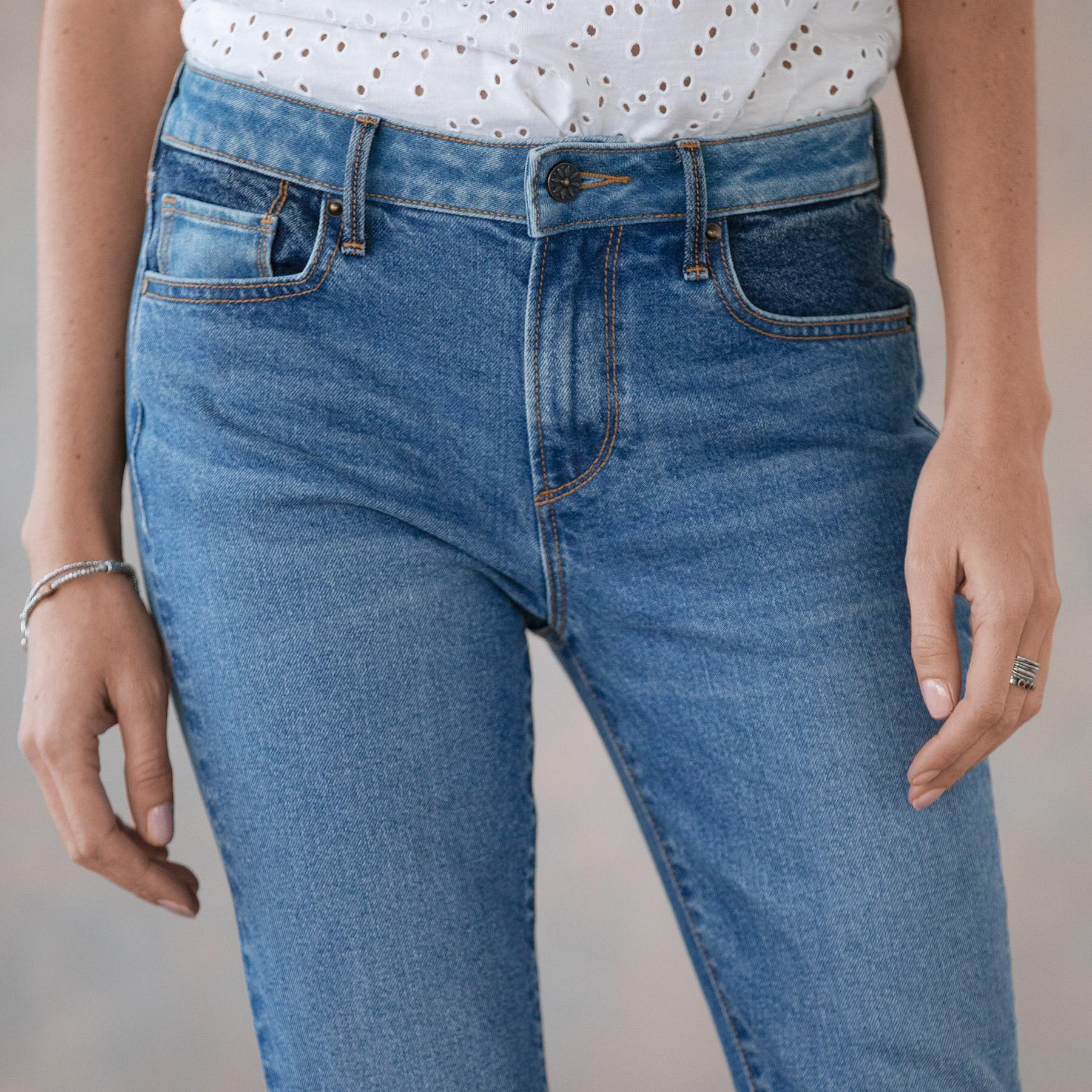 CLEO BESTIES FLARE JEANS: View 5