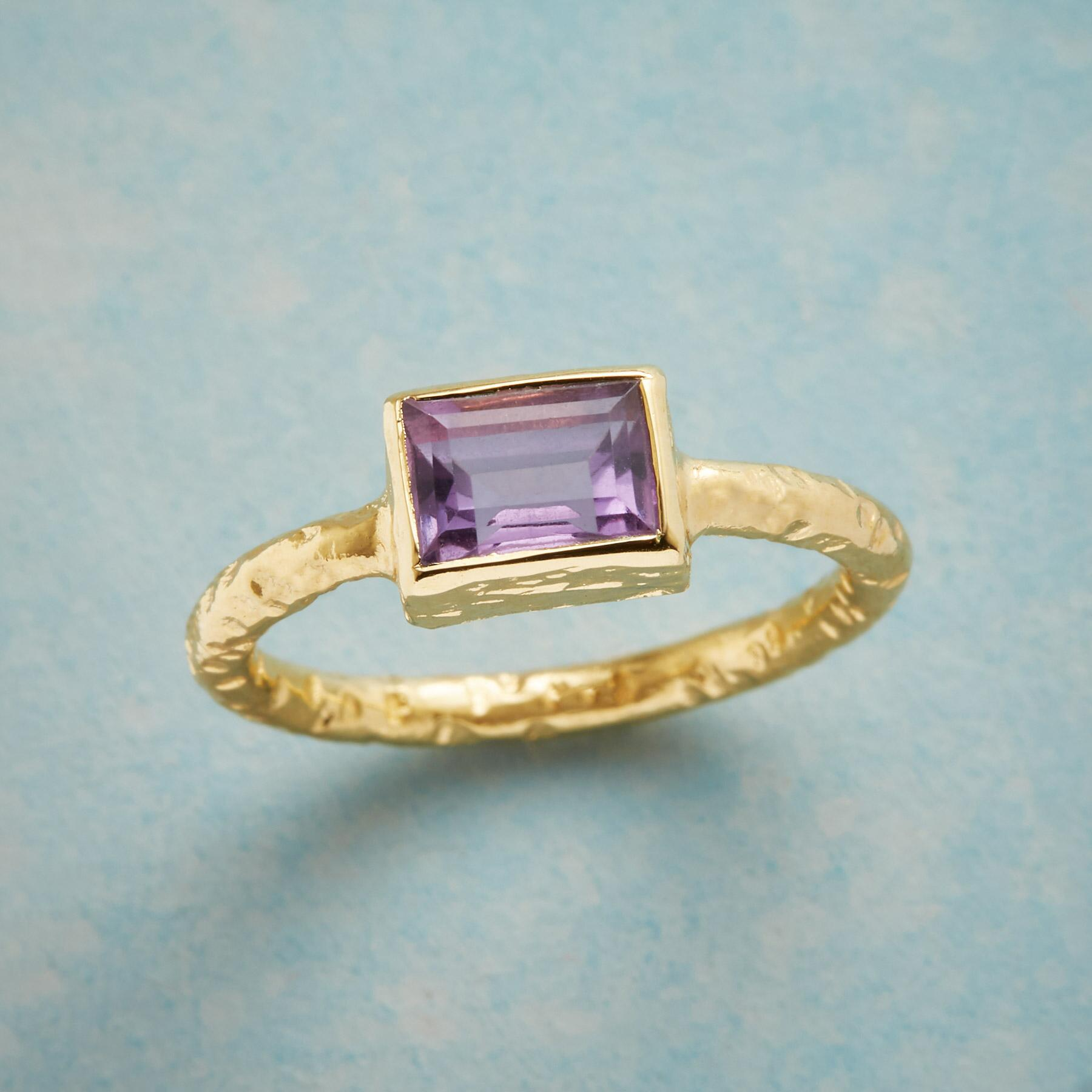 AMETHYST SOLITAIRE RING: View 1