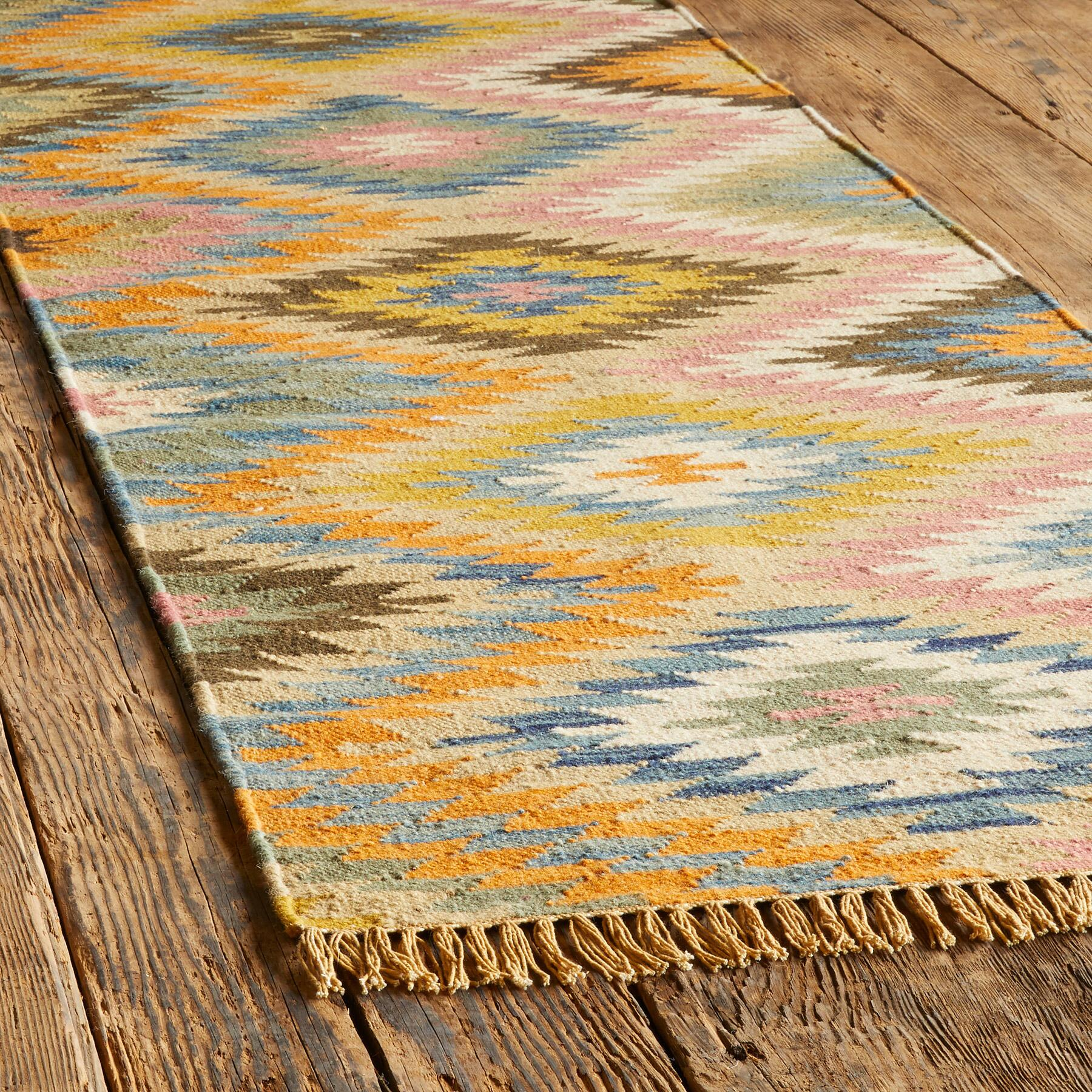 SUNLIT DIAMONDS KILIM RUG: View 3