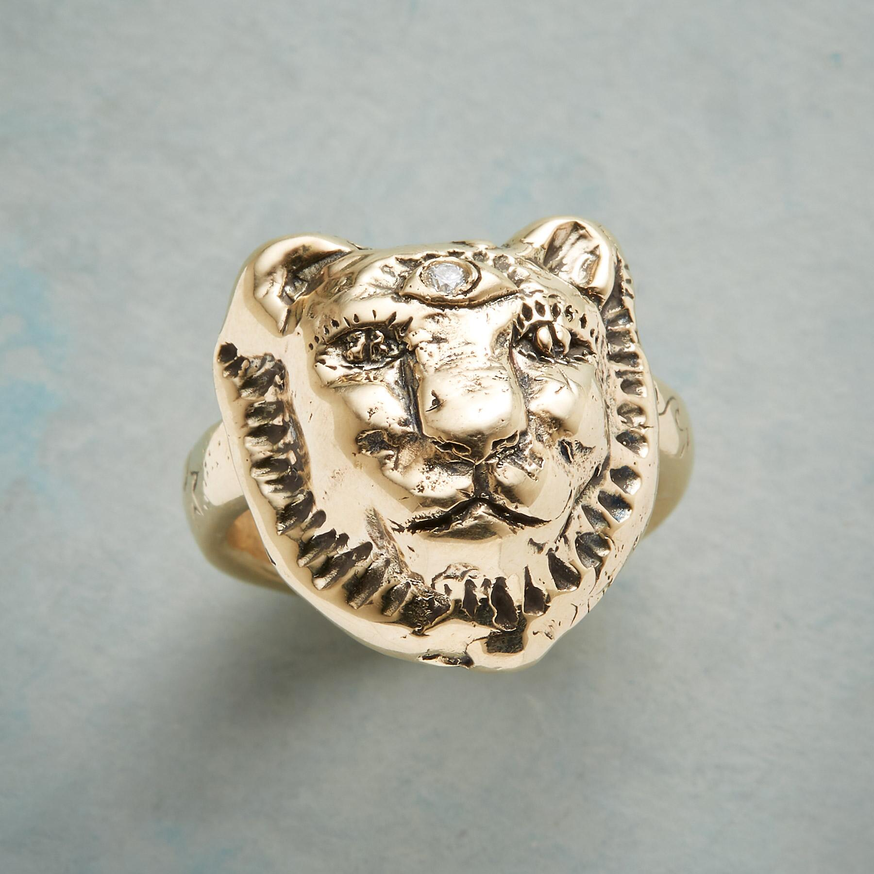 BRAVE LIONESS RING: View 1