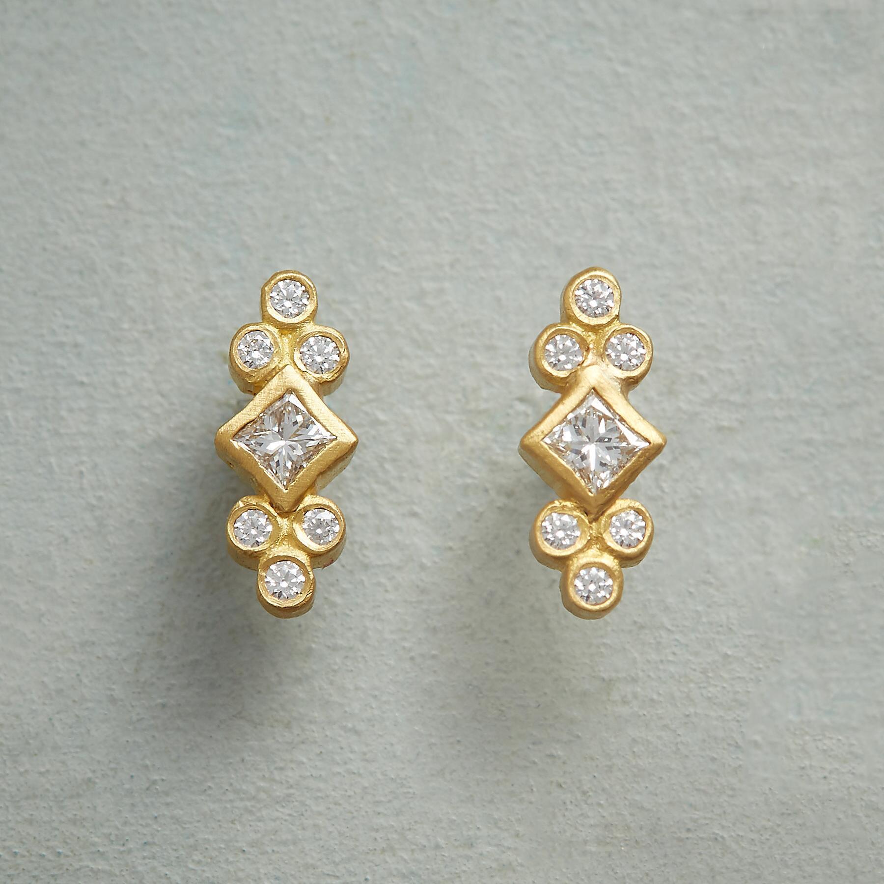 ROYAL DIAMOND EARRINGS: View 1