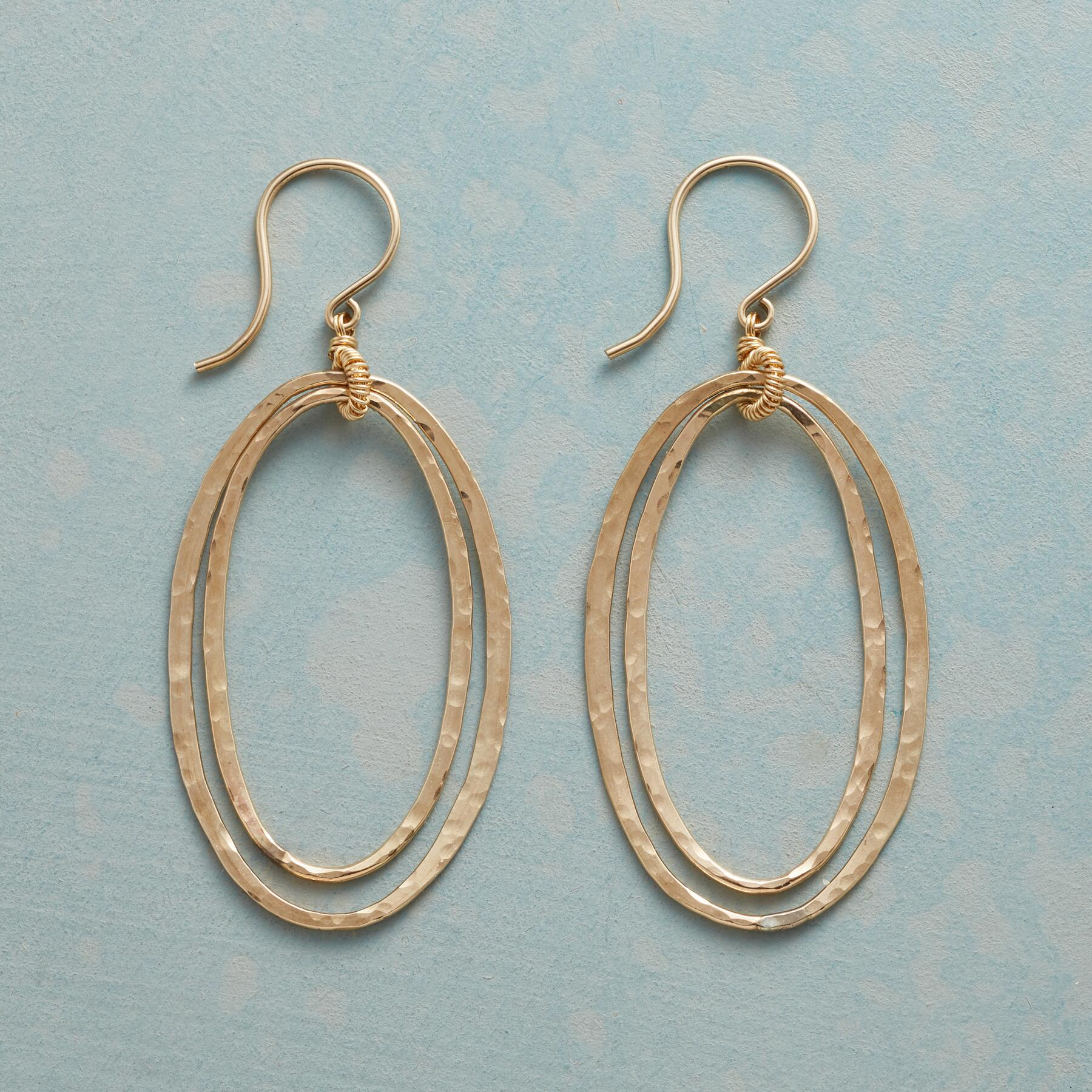 OVAL GRACES EARRINGS: View 1