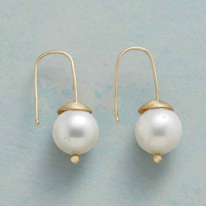 WOODLAND PEARL EARRINGS