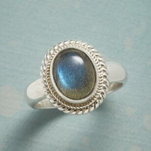 ESSENCE OF IRIDESCENCE RING