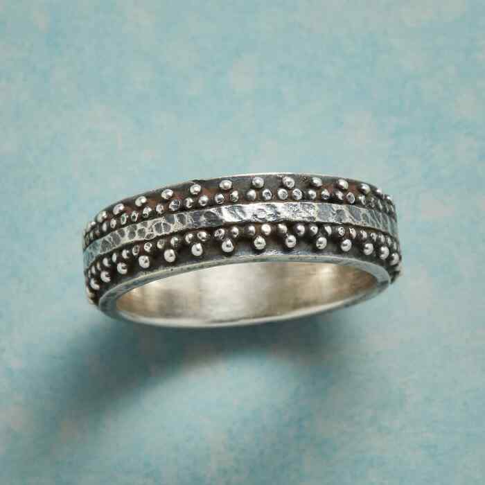 BEAD THE BAND RING