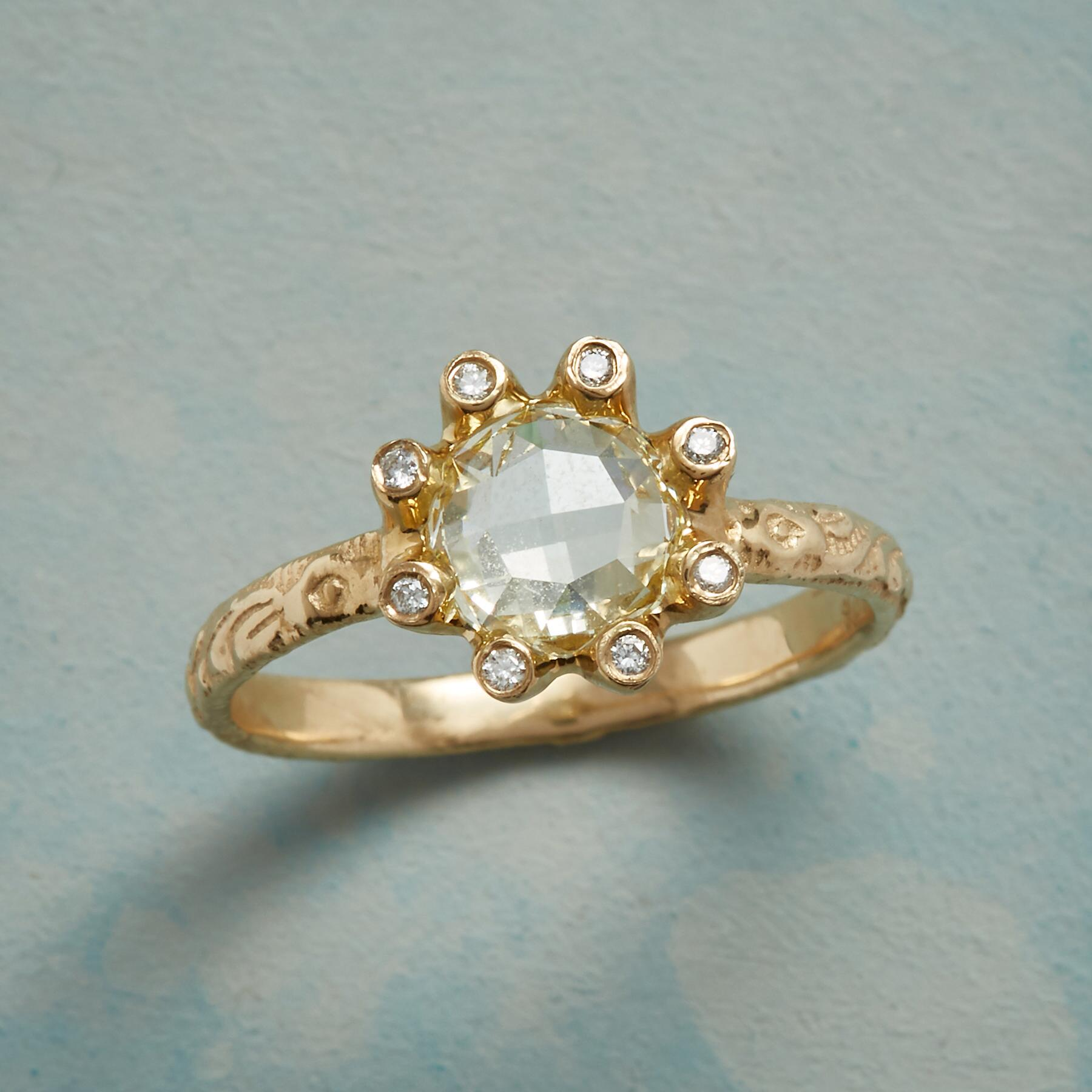 BLOSSOMING DIAMOND RING: View 1