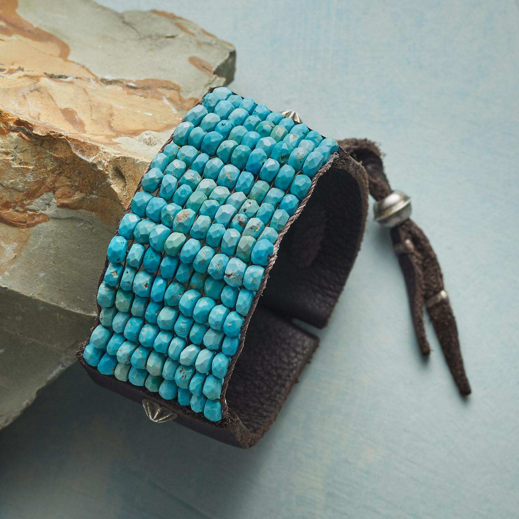 BOUNDLESS SKY BRACELET: View 1