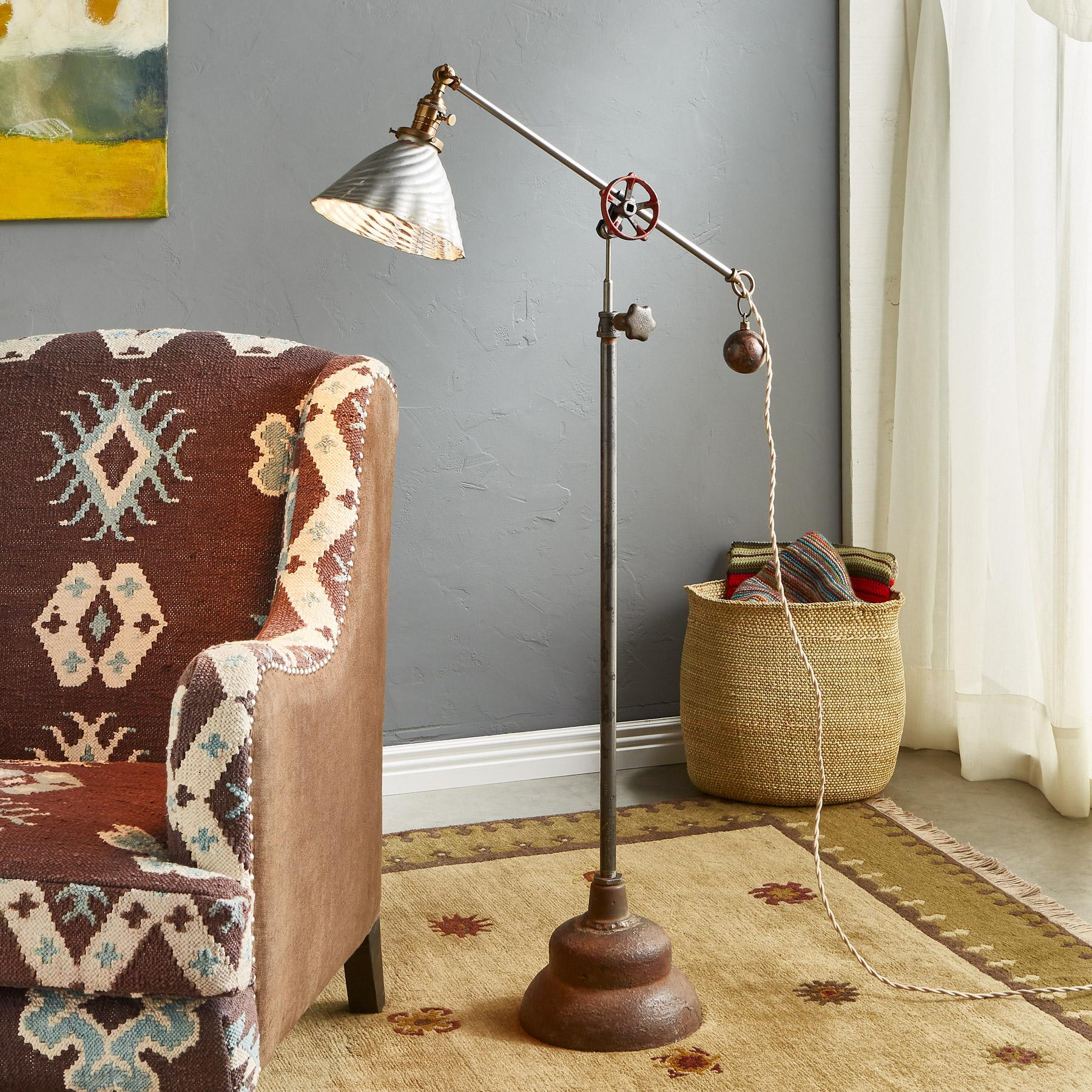 CLIFF CREEK FLOOR LAMP: View 1