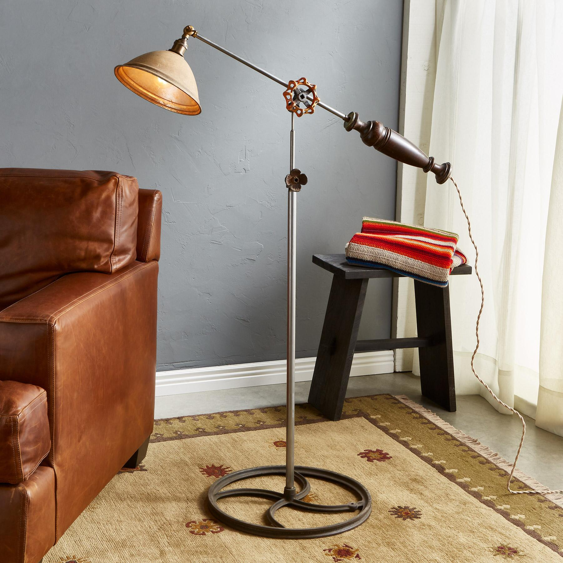 WEST PASS FLOOR LAMP: View 1
