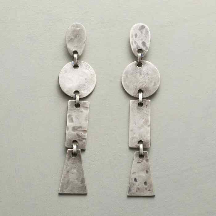 PIECES OF ART EARRINGS