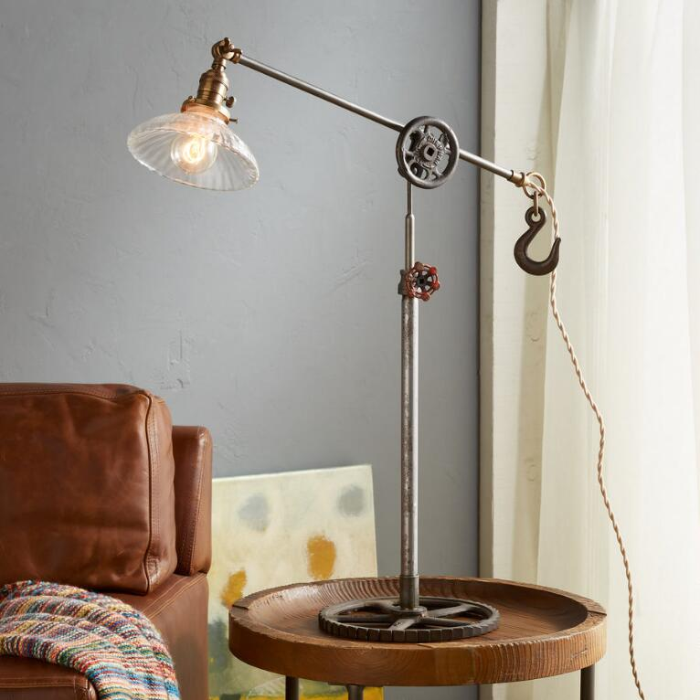 GRAYLING CREEK TABLE LAMP