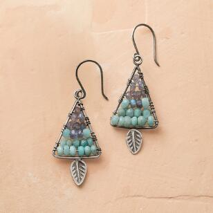 LONE LEAF EARRINGS