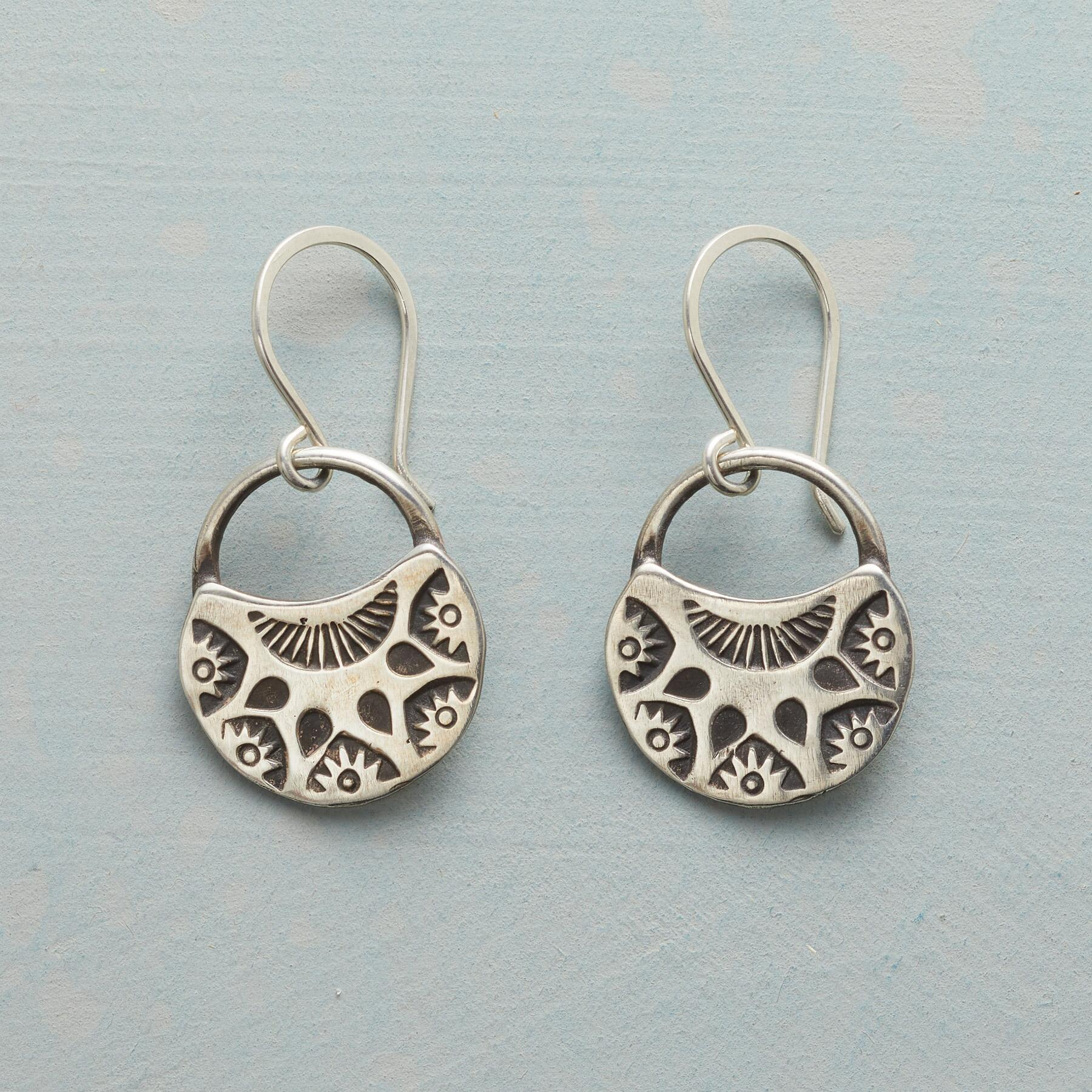 HALF MOON BLOOMS EARRINGS: View 1