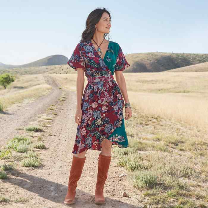 PAISLEY DREAMS DRESS PETITE