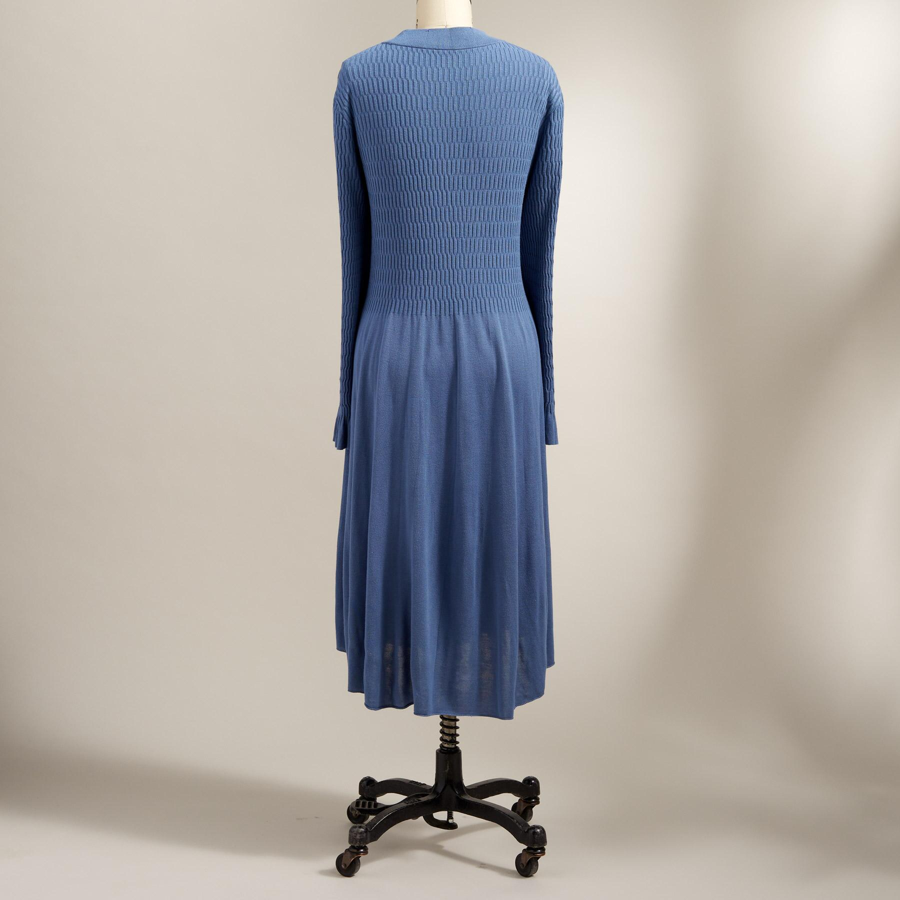 NATURES HUE DRESS - PETITES: View 3